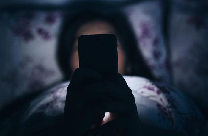 عکس نوشته پروفایل بی خوابی | متن کلافه بیخوابی شبانه